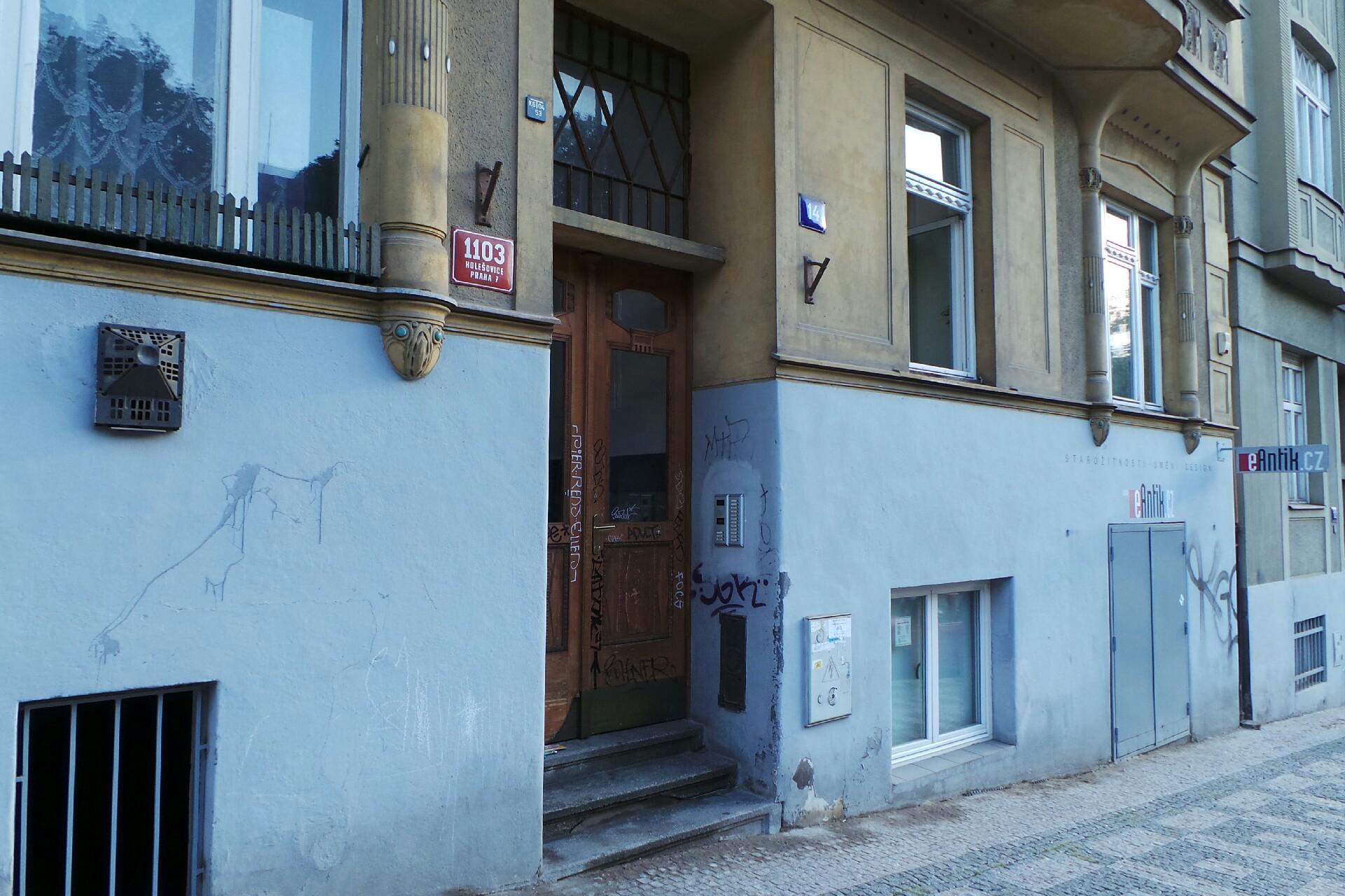 Prodejna Zlatnictvá eAntik, Praha