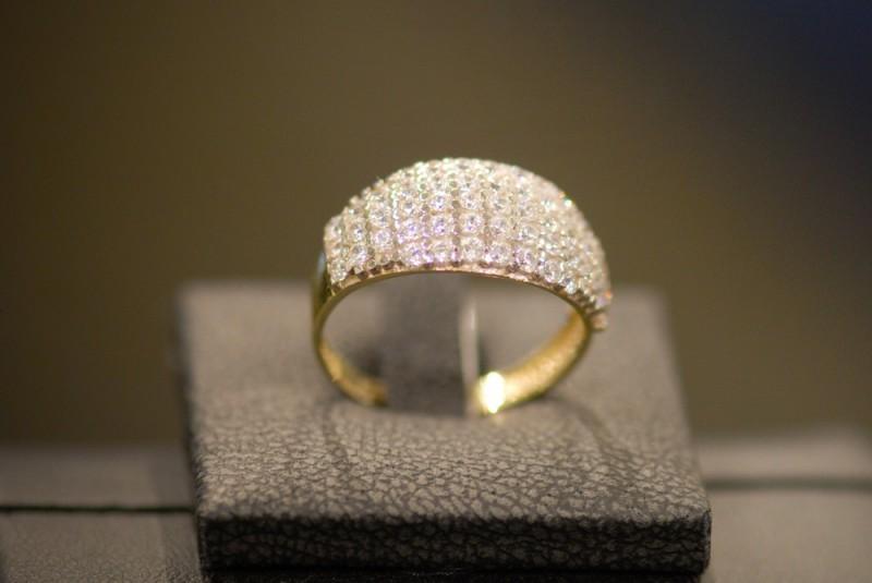 Prsten ze Zlatnictví AM Gold, Praha