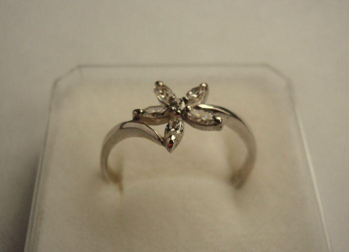 Prsten ze Zlatnictví Helena, Kladno