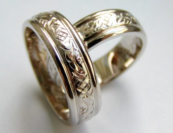 Snubní prsten ze Zlatnictví Lucie Novotná, České Budějovice