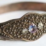 Zlatnice bez prstů vyrábí dokonalé šperky