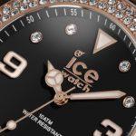 Barevné hodinky Ice Watch i s kamínky Swarovski
