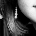 Náušnice, doplněk náš každodenní – co o nich možná nevíte