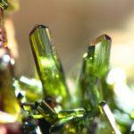 Olivín – propojuje nás s přírodou