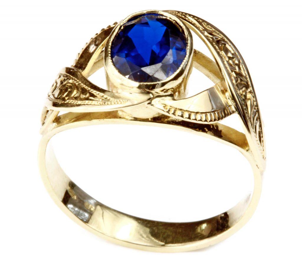 Zlatý prsten ze zlatnictví Jitka Formánková